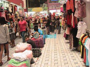 Inside Pratunam Market | Doc: Fazword