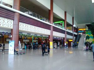 Check In Area Sultan Syarif Kasim II Int'l Airport | Doc: Fazword