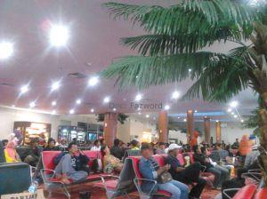 Ruang Tunggu Bandara Sultan Syarif Kasim II | Doc: Fazword