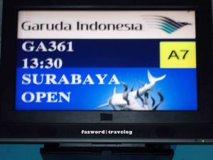 Garuda Indonesia Check-in Desk at BDO | Doc: Fazword