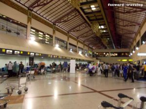 Check-in hall Juanda Airport | Doc: Fazword