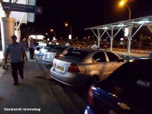 Taksi Resmi Bandara Internasional Lombok | Doc: Fazword