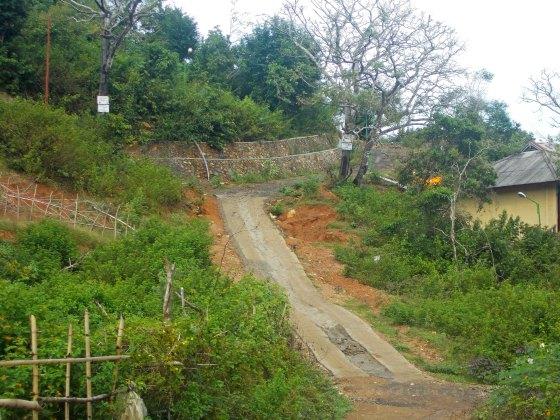 Jalan TWA Gunung Tunak | fazword
