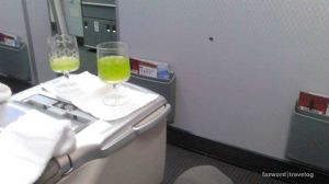 Welcome Drink & Hot Towel Batik Air Business Class | Photo: Fazword
