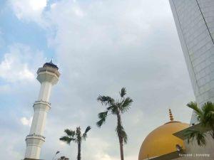 Masjid Alun Alun Bandung | photo: fazword