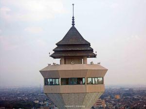 Menara Alun Alun Bandung | photo: fazword