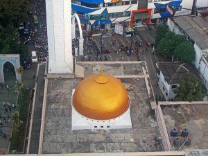 Kubah Masjid Alun Alun Bandung | photo: fazword