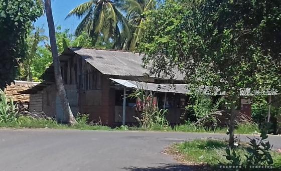 Warung Murah Kuta Lombok | photo: fazword