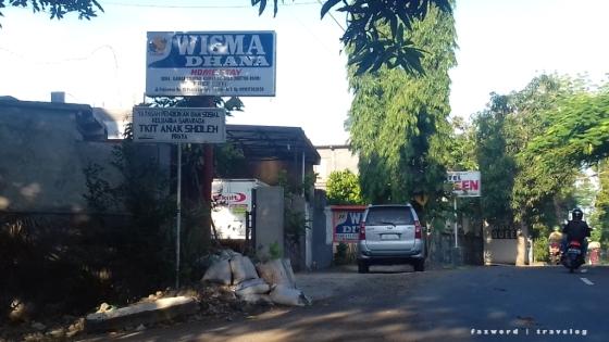 Wisma Dhana, Hotel Queen, Penginapan Artha Praya | photo: fazword