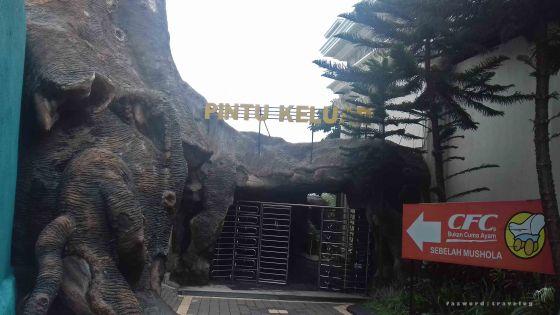 Pintu Keluar Jatim Park 2 | photo: fazword